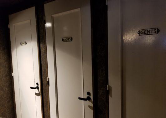 スイッチバー店内のトイレ
