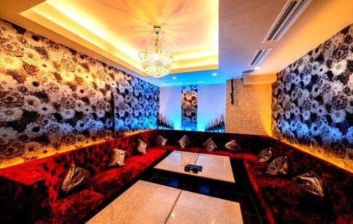LUXURY LOUNGE MILAS(ミラス)の完全個室VIPルーム